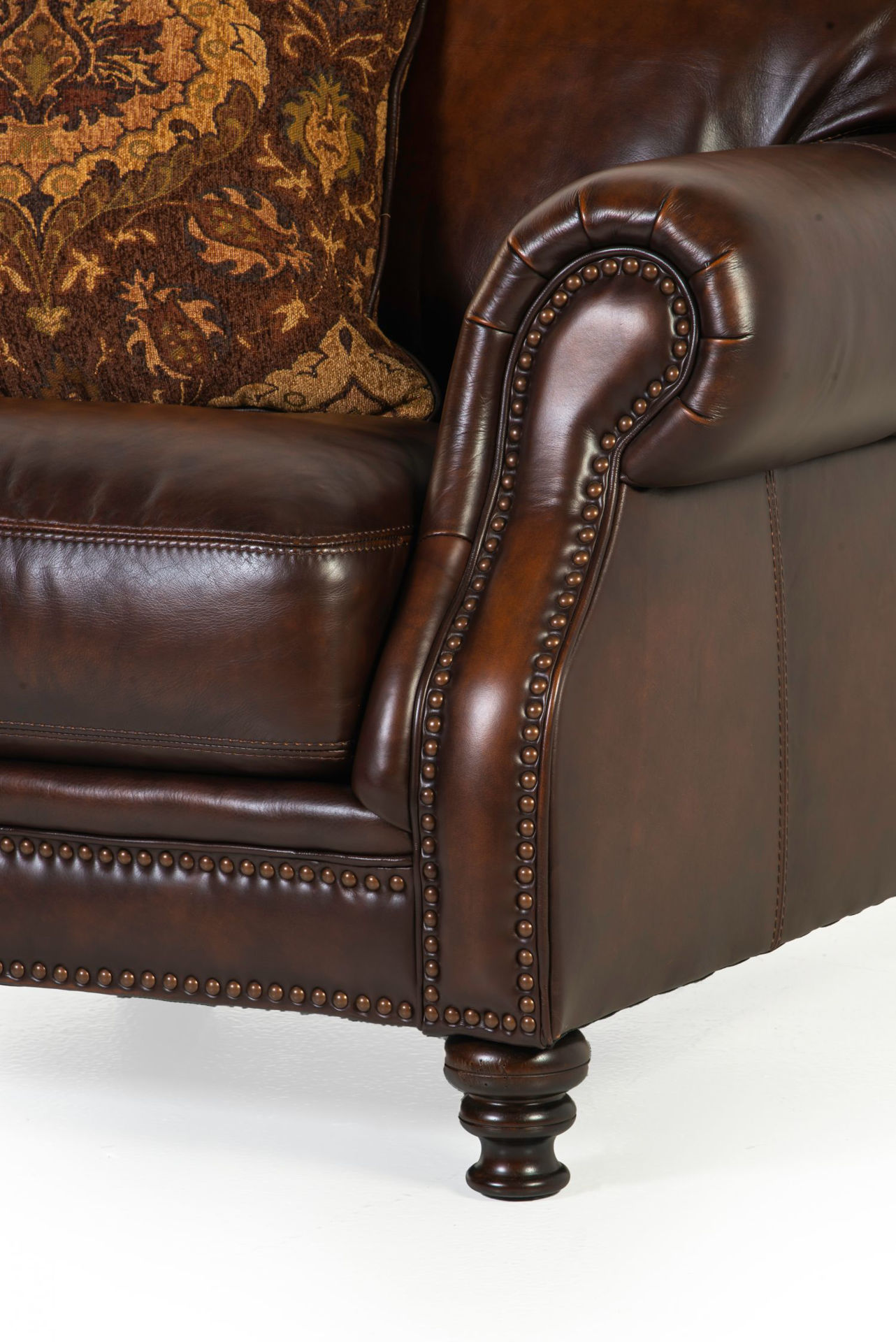 Picture of WESTMINISTER ALL-LEATHER SOFA