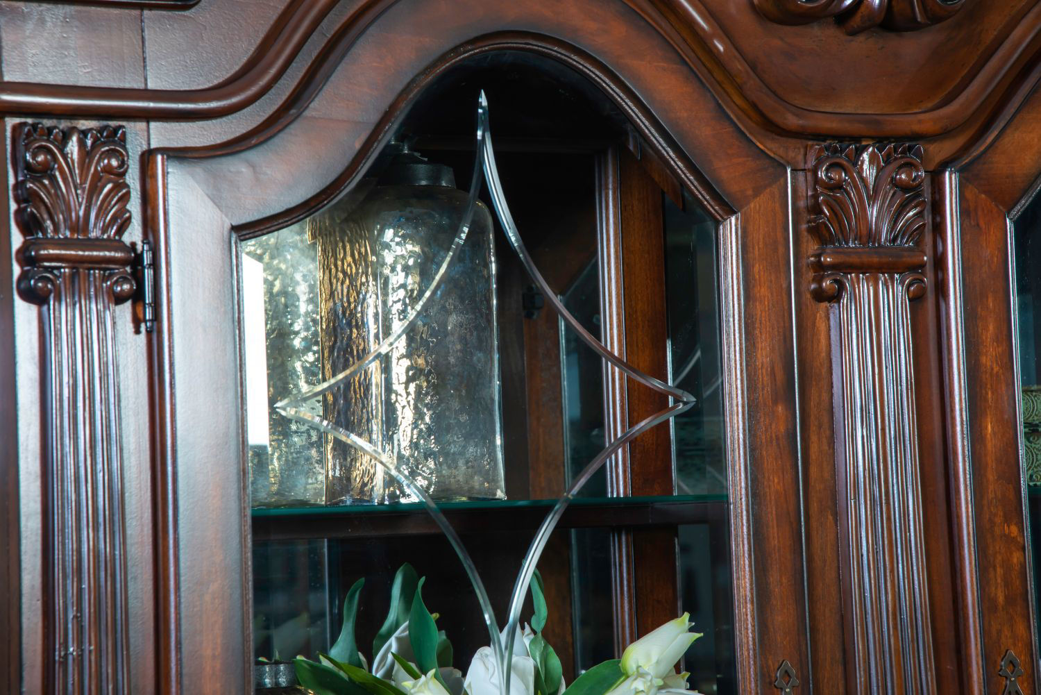 Picture of RENAISSANCE CHINA CABINET