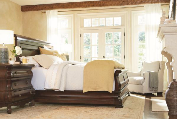 Picture of REPRISE KING SLEIGH BEDROOM SET